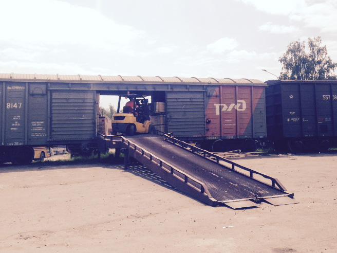 СтройТраст - погрузка и разгрузка жд вагонов
