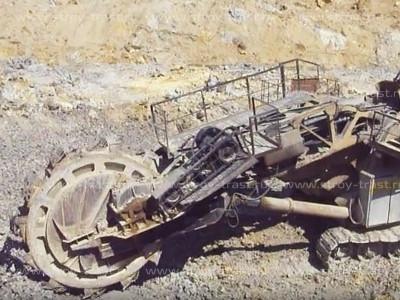 Добыча сырья для СМЛ, магнезита в карьерах - забор руды