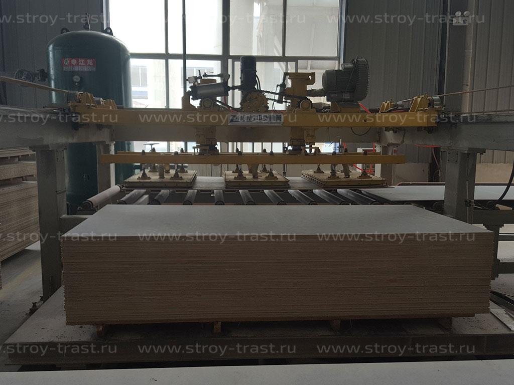 На производстве СМЛ возвращен в эксплуатацию станок для шлифовки стекломагниевого листа с автоподачей
